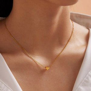 Dainty Heart Necklace (Gold)
